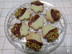 Biscotti alla menta con cioccolato e pistacchi